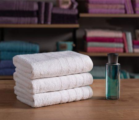 Πετσέτα μπάνιου Λευκή Ξενοδοχείου (70x140) 500 γρ/μ² Πεννιέ Cozy