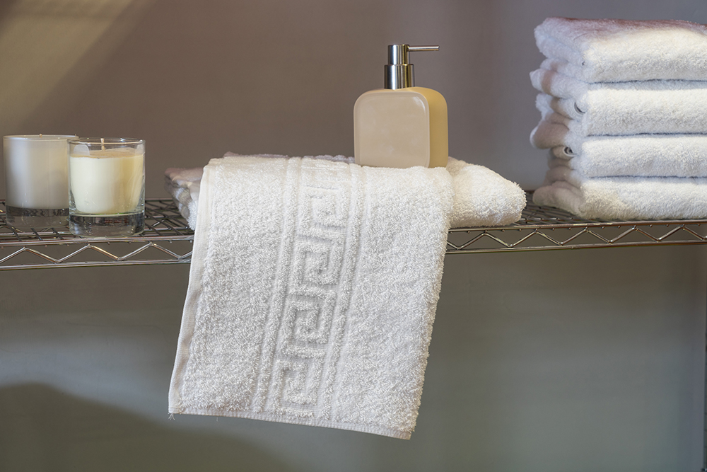 Ξενοδοχειακή Πετσέτα Λουτρού 500 γρ/τμ Μαίανδρος Πεννιέ – Unicorn