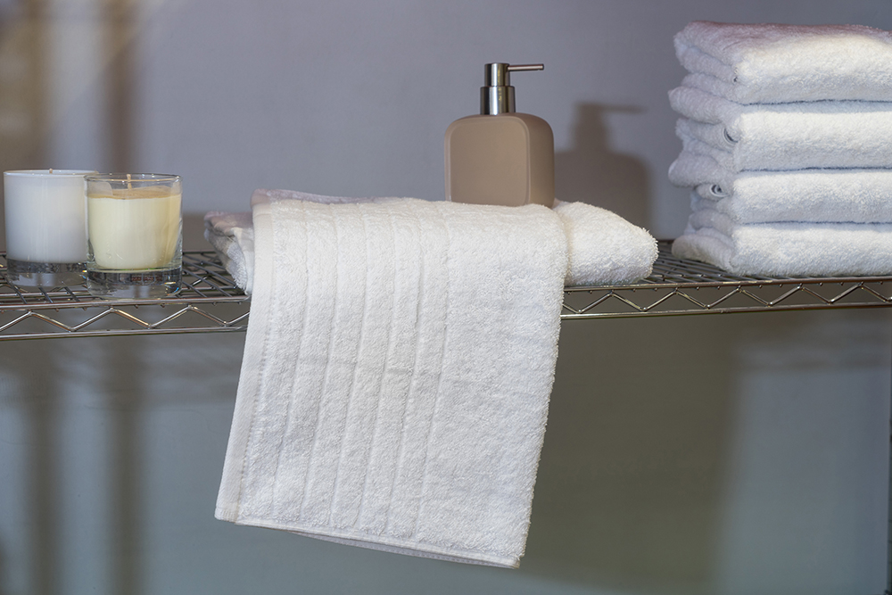 Ξενοδοχειακή Πετσέτα Προσώπου 600 γρ/τμ Πεννιέ Style – Unicorn