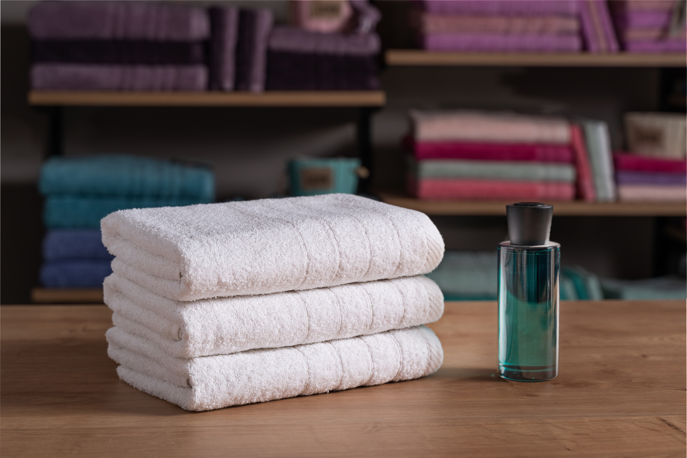 Ξενοδοχειακή Πετσέτα Λουτρού 70×140 500 γρ/τμ Πεννιέ Cozy – Unicorn